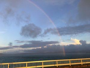 古宇利大橋からの虹のたもと
